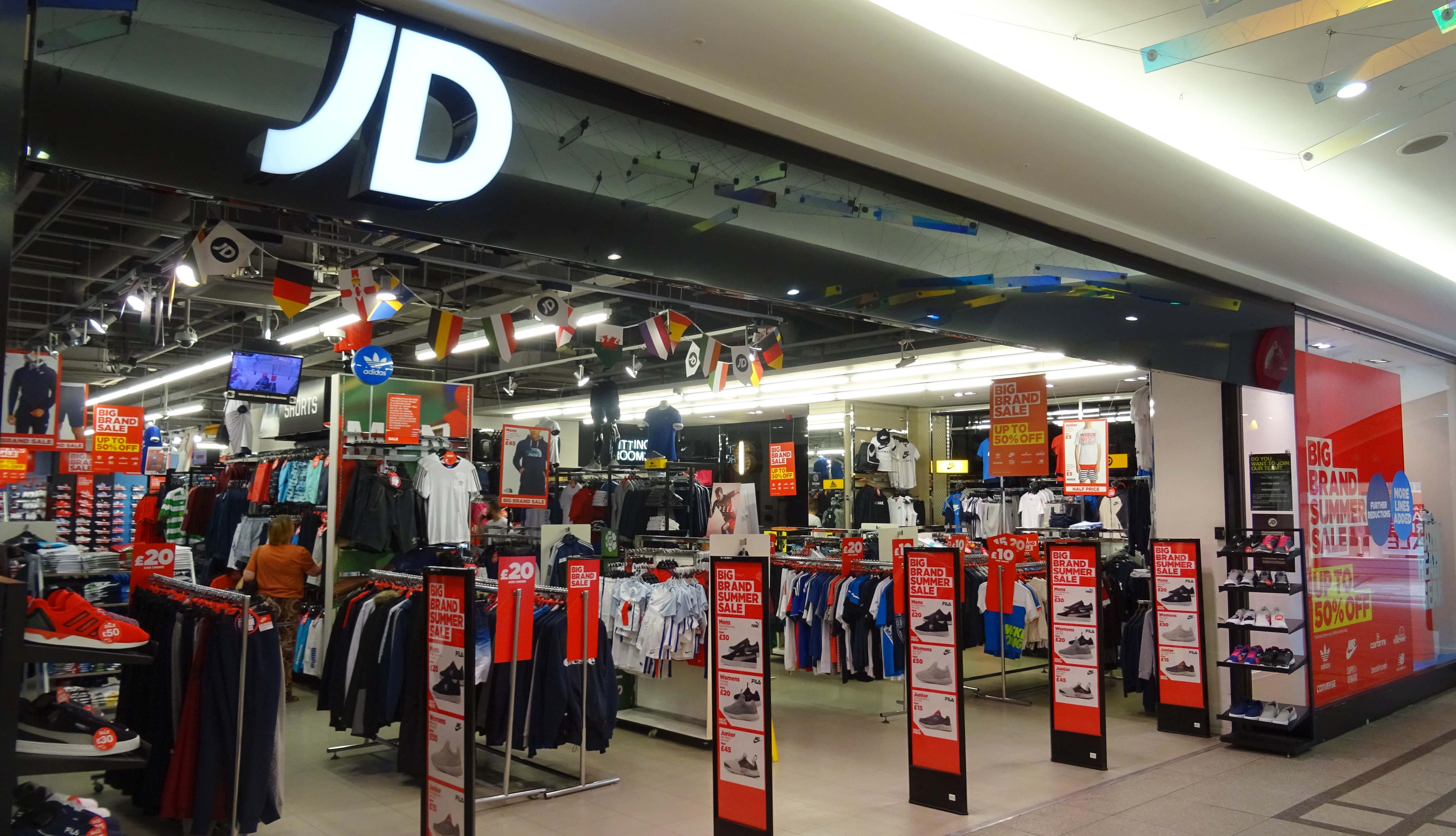 This statistic presents the number of JD Sports stores from to , split by geographical region. The UK sports retailer increased its store count over the period, particularly in Europe.